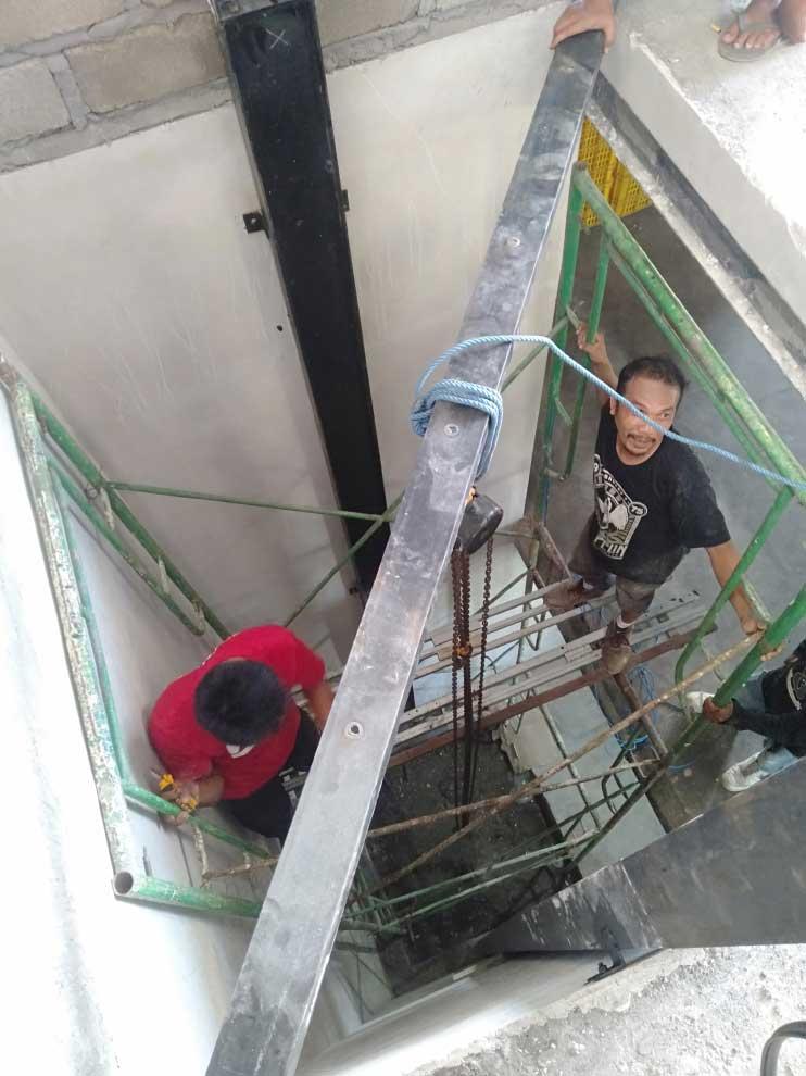 Lift Barang kapasitas 2 ton pulau serangan bali 3