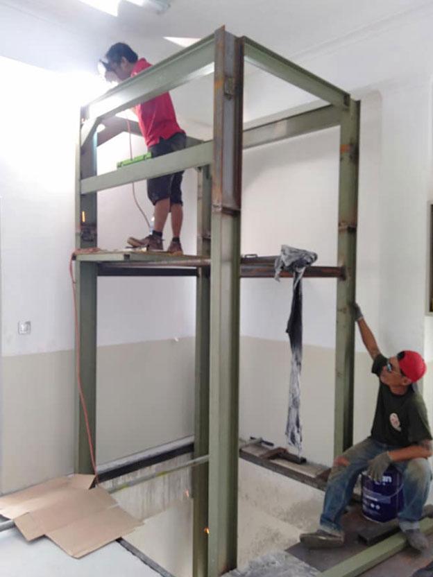 Lift Barang 2 Ton Varash Bali 4
